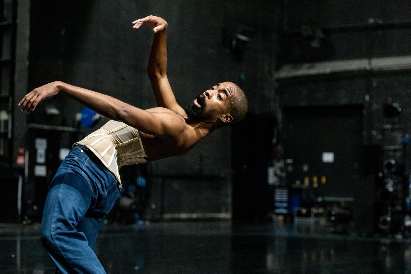 Komm und birg dein Antliz by Ioannis Mandafounis / Lyon Opera Ballet © Charlène Bergeat