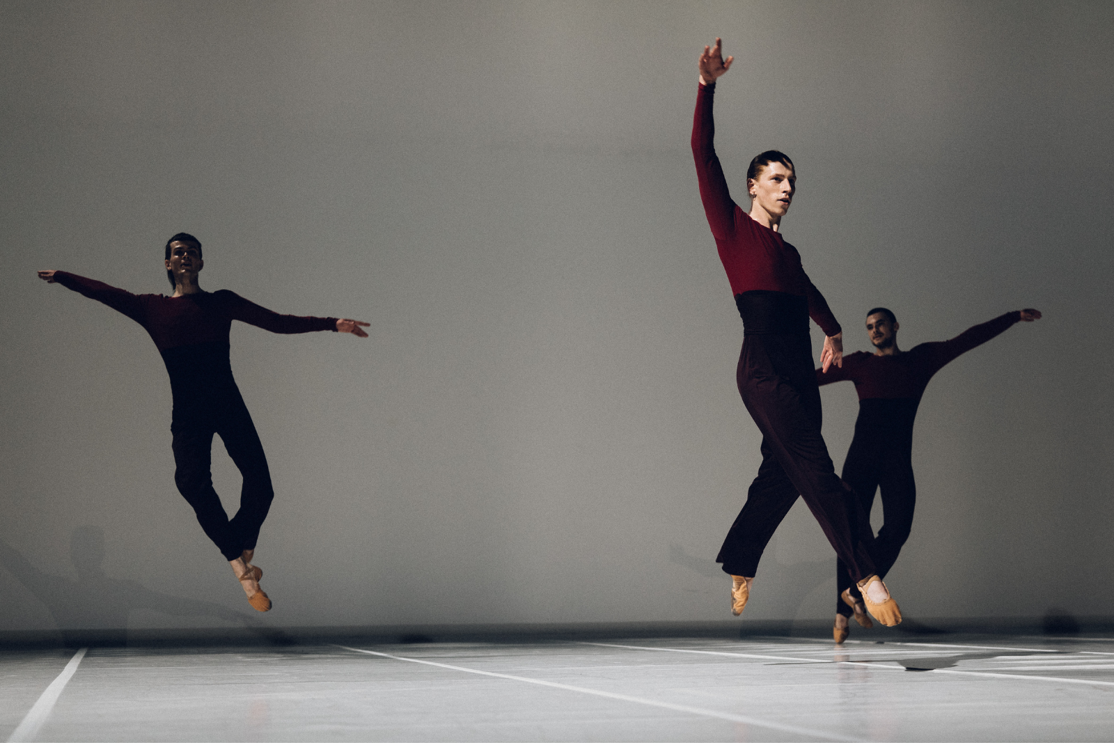 Tempo Vicino by Lucinda Childs / Ballet national de Marseille © Théo Giacometti