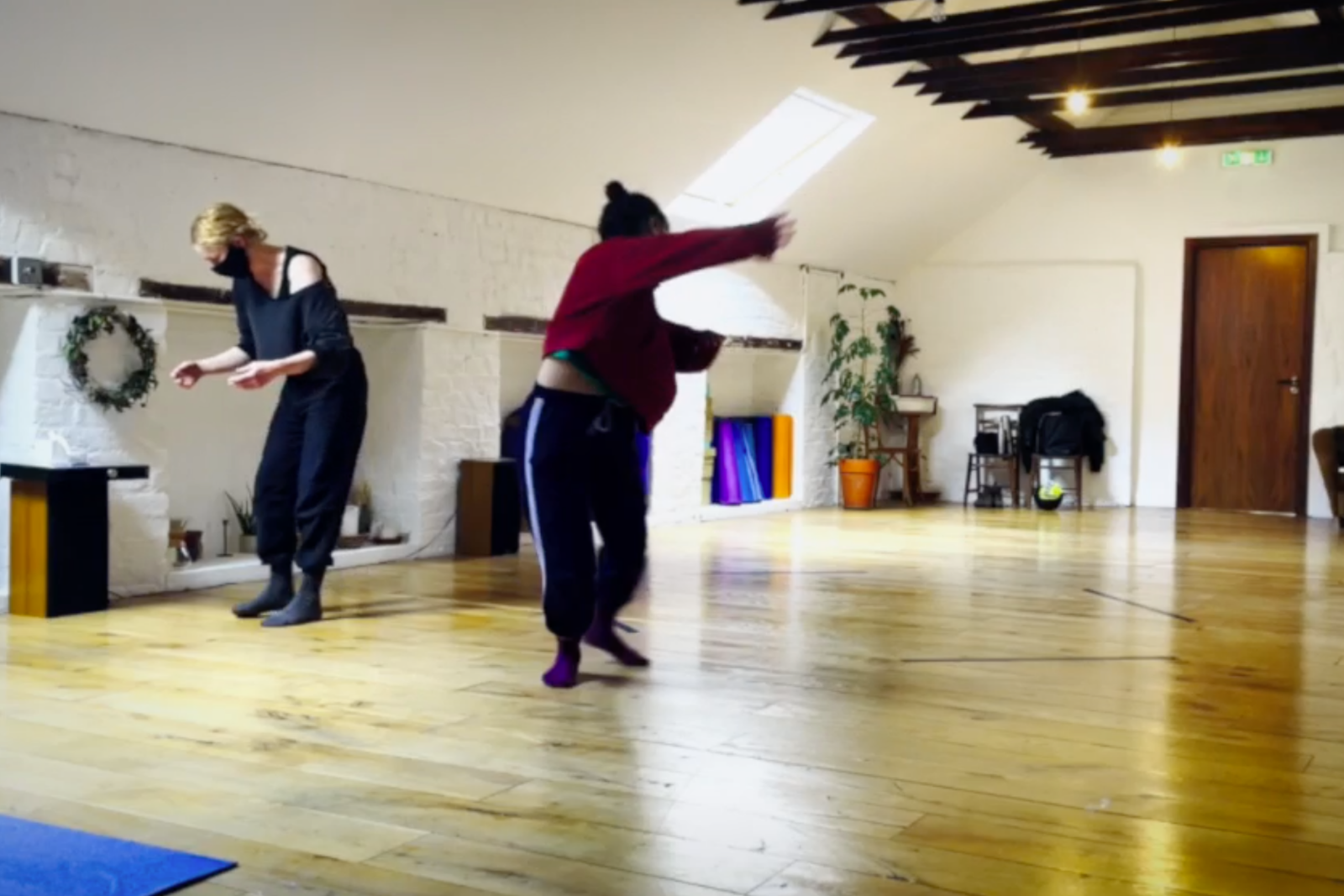 """In the rehearsal room of """"dyad"""" by Justine Doswell"""