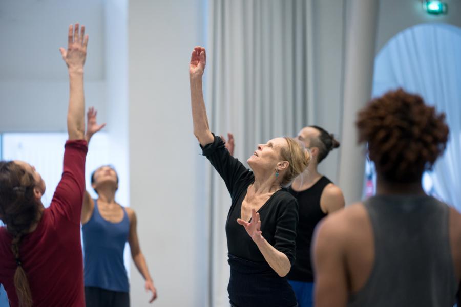 Master Class with Carolyn Carlson © Frédéric Iovino